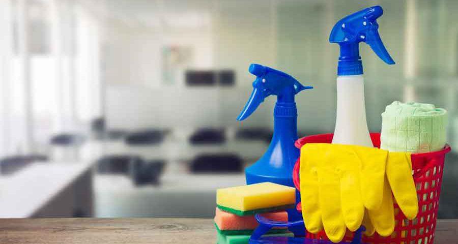 خبراء تنظيف المنازل